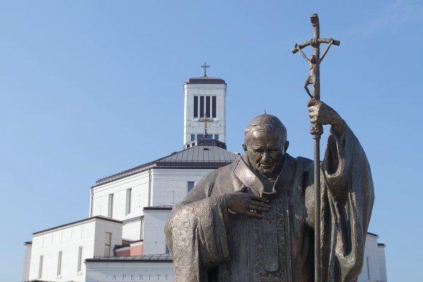 pielgrzymka Apostolstwa Modlitwy do Centrum św. Jana Pawła II w Krakowie